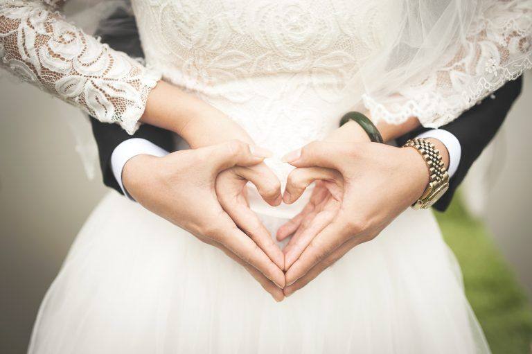 Are you hiring a wedding photographer? Ask him these 12 questions before you decide